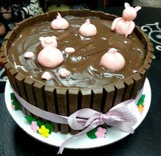 julian said he wanted a thick layer of frosting so he will get one with pigs in it