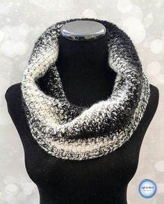 This free crochet pattern shows off the stunning color gradient of Lion Brand Scarfie yarn by using the moss stitch. The Cookies and Cream Cowl takes just one skein of Lion Brand Scarfie yarn and will be a perfect addition to your last-minute gift list this holiday season! This is the fifth free crochet pattern of my Seven Days of Scarfie pattern collection.