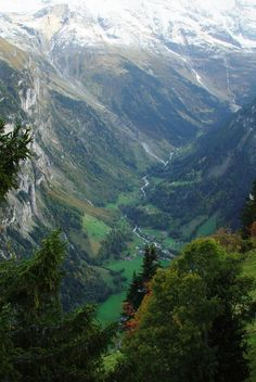 Lauterbrunnen valley, looking down over 2,000 ft south toward village of Stechelberg, Mürren, Switzerland (10-2-2007)