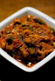 Robiłam już kolejny raz.  Mięsko pyszne, mięciutkie, dużo warzyw - samo zdrowie ;)  Przepis Seniorki z forum CinCin .  Miało być z ryżem, a...