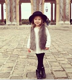 Little fashionista girl outdoors autumn hat boots classy sweater kid's fashion Fashion Kids, Toddler Fashion, Fashion Dolls, Style Fashion, Latest Fashion, Little Fashionista, Little Girl Outfits, Little Girl Fashion, Top Girls Names