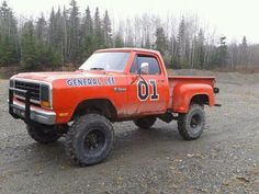 Lifted Trucks USA... yes I know I got  to many general lee's I would like to have a truck like this and lift it high with the genral lee flag and number would ne an awesome truck.