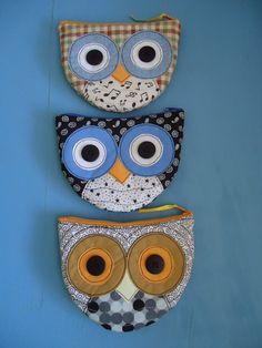 Owl zipper pouch - inspiration :) (original post here - http://byraquelpatch.blogspot.ca/2012/12/carteira-eou-porta-moedas.html)