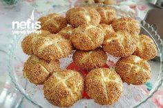 Simit Tadında Mayasız Bomba Poğaça Tarifi nasıl yapılır? 19.081 kişinin defterindeki bu tarifin resimli anlatımı ve deneyenlerin fotoğrafları burada. Yazar: KÜBRA PELVAN My Recipes, Bread Recipes, Favorite Recipes, Birthday Menu, Tasty Bread Recipe, Turkish Recipes, Cakes And More, No Bake Desserts, Food To Make