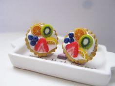 Fruit Tarts Stud Earrings _ Dollhouse Scale Miniature Food _ Polymer Clay by MarisAlley on Etsy Fruit Tarts, Miniature Food, Cookie Recipes, Polymer Clay, Scale, Miniatures, Stud Earrings, Cookies, Cream