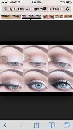 Brown eyeshadow for green eyes.