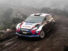 El polaco Robert Kubica, pasando en la última SS, INCREÍBLEMENTE con el Fiesta intacto. #WRC #Kubica
