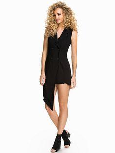 trend house klänningar