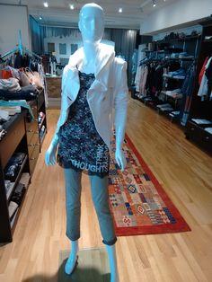 Mehr als nur Mode! Elisa Cavaletti, Fire, Outfits, Tops, Fashion, Spring Summer, Moda, Suits, Fashion Styles