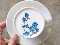 Cafe Latte Art - My Virtual Coffee House Coffee Latte Art, Coffee Shop, Coffee Cups, Coffee Barista, Coffee Lovers, Iced Coffee, Cappuccino Machine, Cappuccino Art, Coffee Machine