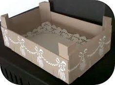 déco cagettes en bois - Recherche Google Unique Furniture, Painted Furniture, Wood Crafts, Diy And Crafts, Creation Deco, Pretty Box, Wooden Crates, Box Art, Storage Boxes
