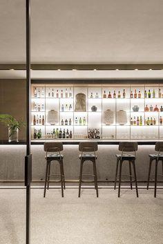 Flagship concept Store, Restaurant and Bar, Zwilling di Matteo Thun & Partners Bar Interior Design, Restaurant Interior Design, Cafe Design, Retail Interior, Store Design, Design Design, Design Shop, Deco Restaurant, Modern Restaurant