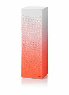 HAY towerblock fade coral    Hay Tower Block memoblok in de kleur koraal met 2000 zelfklevende memo's en een verstevigde onderzijde.