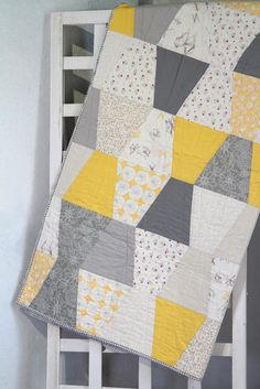 yellow and grey Gossamer fabrics make up this modern Tumbler quilt Cute Quilts, Boy Quilts, Girls Quilts, Small Quilts, Yellow Quilts, Colorful Quilts, Quilting Projects, Quilting Designs, Quilting Patterns