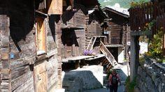 Ursprüngliches Zermatt, zumindest was noch davon übrig ist - Originally Zermatt, at least what is still left of it (Switzerland) Zermatt, At Least, Vw T3 Camper, Europe, Travel, Viajes, Destinations, Traveling, Trips