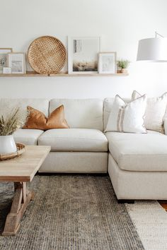 Fall Living Room, Rugs In Living Room, Living Room Designs, Living Room Decor Above Couch, Table For Living Room, Decor Above Sofa, Living Room White Walls, Neutral Living Rooms, Living Room Wall Decor