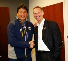 Coach Ted Nolan (Buffalo Sabres) and Dominick Hasek. Guess Teddy has aged a lot better -- Who Plays It, Buffalo Sabres, Win Or Lose, Cool Girl, Hockey, Ted, Athlete, Bomber Jacket, The Incredibles