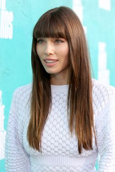 Jessica Biel Photos Photos - 2012 MTV Movie Awards - Red Carpet - Zimbio