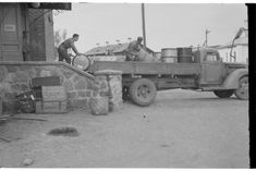 Loading a truck in 1942 summer Cannon, Finland, Trucks, Summer, Summer Time, Truck, Summer Recipes