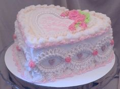Pretty Birthday Cakes, Pretty Cakes, Cute Cakes, Foto Pastel, Cake Lettering, Vintage Sweets, Sleepover Food, Pastel Cakes, Frog Cakes