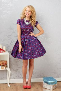 Issue 65 of Sew magazine comes with a FREE Simplicity 1873 dress pattern!