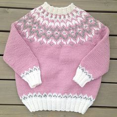 Diy Crafts - A cute little lopi-sweater for toddlers and kids. A traditional Icelandic yoke and high neck to keep warm during cold winter months. Knit Slippers Free Pattern, Baby Cardigan Knitting Pattern, Fair Isle Knitting Patterns, Knitting Designs, Knitting Stitches, Fair Isle Pullover, American Girl Outfits, Icelandic Sweaters, Knit Baby Sweaters