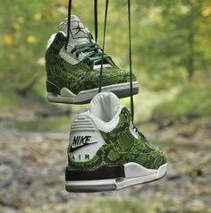 Air Jordan 3 Green Python Custom