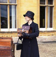 Cora's new lady's maid Phyllis Baxter. Downton Abbey Season V
