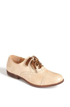 Born Arletta Oxford - cute and reportedly very comfortable.