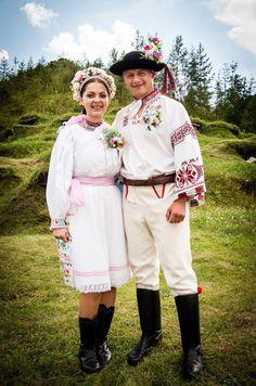 Hopelessly addicted to folklore. Folk Costume, Costumes, Folk Clothing, My Heritage, Harajuku, Wedding Photos, Culture, Fashion Trends, Bratislava