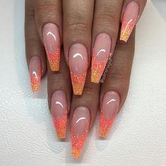 new Ideas nails orange makeup Acrylic Nails Coffin Glitter, Orange Acrylic Nails, Gold Glitter Nails, Orange Nails, Rhinestone Nails, Sexy Nails, Prom Nails, Trendy Nails, Orange Nail Designs