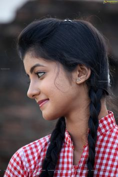 Telugu Actress Summiyya Mohammed (HD) Prema Janta Stills Beautiful Girl In India, Beautiful Blonde Girl, Beautiful Girl Photo, Most Beautiful Indian Actress, Desi Girl Image, Beautiful Girl Image, Indian Girl Bikini, Indian Girls, Girl Number For Friendship