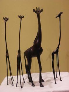 Google Image Result for http://www.classicarabia.com/uploads/photos/RS_Art_GIRAFFE_FAMILY_SKELETON_Sculpture_1300355469.jpeg