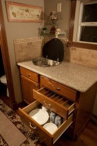 johnnys-luxurious-tiny-house-cabin-on-a-trailer-08