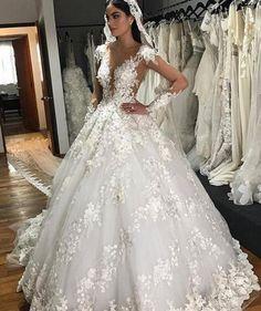 Unique Ball Gown Tulle Wedding Dresses Crew Neck