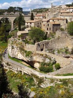 Minerve - picturesque stony village in the heart of the Languedoc, with hundreds of years of history to explore. Turkey Europe, Beau Site, Continental Europe, Beaux Villages, Southern Europe, French Countryside, Secret Places, Beautiful Places In The World, South Of France