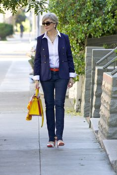 outfit post labels: denim anntaylor; shirt and blazer @Banana Republic; necklace jcrew; shoes @Zara; handbag @Henry Highclass; sunglasses @RayBan