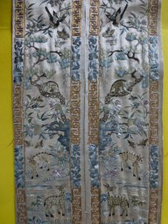 STUNNING PAIR OF ANTIQUE FINELY EMBROIDERED SILK CHINESE SLEEVE PANELS  £135.00 (17B) +6.55PP
