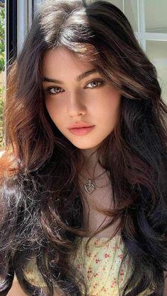 Cute Woman, Pretty Woman, Most Beautiful Women, Beautiful Girl Image, Beautiful People, Cool Girl, Cute Girl Photo, Cute Girls, Bollywood Actress