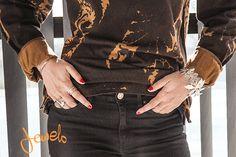 Jewels Jewels, Jackets, Fashion Trends, Down Jackets, Jewerly, Gemstones, Fine Jewelry, Gem, Jacket