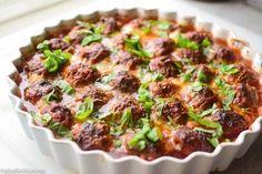 Gratinerte kjøttboller i kremet tomatsaus. Meatloaf, Tapas, Mashed Potatoes, Nom Nom, Chili, Food And Drink, Pasta, Beef, Snacks