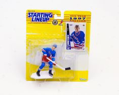 Wayne Gretzky Collectible Hockey Figure, Vintage Toy for Kid, Hockey Toys for Kids, Hockey Collectible Toy for Him Vintage Barbie, Vintage Toys, Girl Dolls, Barbie Dolls, Paper Binder, Wayne Gretzky, Plastic Doll, Cat Gifts, Doll Accessories