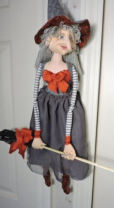 Cloth Art Doll OOAK Witch in Grey and Orange. Patterns from Patti LaValley, Patti Culea and Terese Cato were used to make this doll. Halloween Crafts, Halloween Witches, Ann Doll, Orange Butterfly, Witch Decor, Raggedy Ann, Doll Clothes, Witch Dolls, Grey