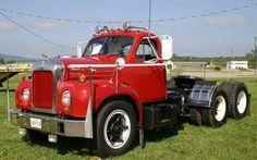 Pictures of Mack Trucks from car shows, car museums and classic car auctions across the U. Old Mack Trucks, Big Rig Trucks, Tow Truck, Semi Trucks, Cool Trucks, Pickup Trucks, Custom Big Rigs, Trucks And Girls, Trailers For Sale