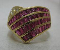 Beautiful Estate 3c Ruby Diamond 18k Gold Cocktail Ring