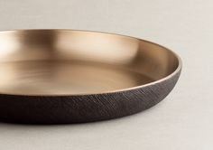 brassware with lacquer - Korean traditional material, yuhgee, ottchil Origami Shapes, Serveware, Tableware, Bread N Butter, Desktop Accessories, Food Containers, Ceramic Plates, Korean Food, Full Moon