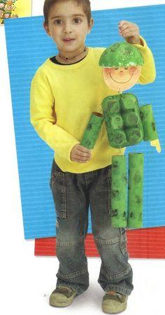 Gente Miúda - Atividades para Educação Infantil Don't love the army theme, but I love the recycled factor