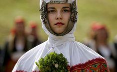 Cómo lucen los vestidos denovia endistintos países del mundo  http://genial.guru/inspiracion-mujer/como-lucen-los-vestidos-de-novia-en-distintos-paises-del-mundo-136955/