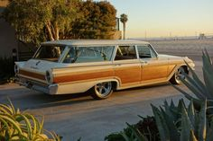 1961 Ford Galaxie Country Squire
