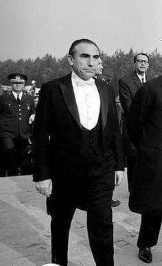 Abraham Lincoln, Iphone Arkaplanları, History, Film, Istanbul, Politics, Paintings, Turkey, Movies